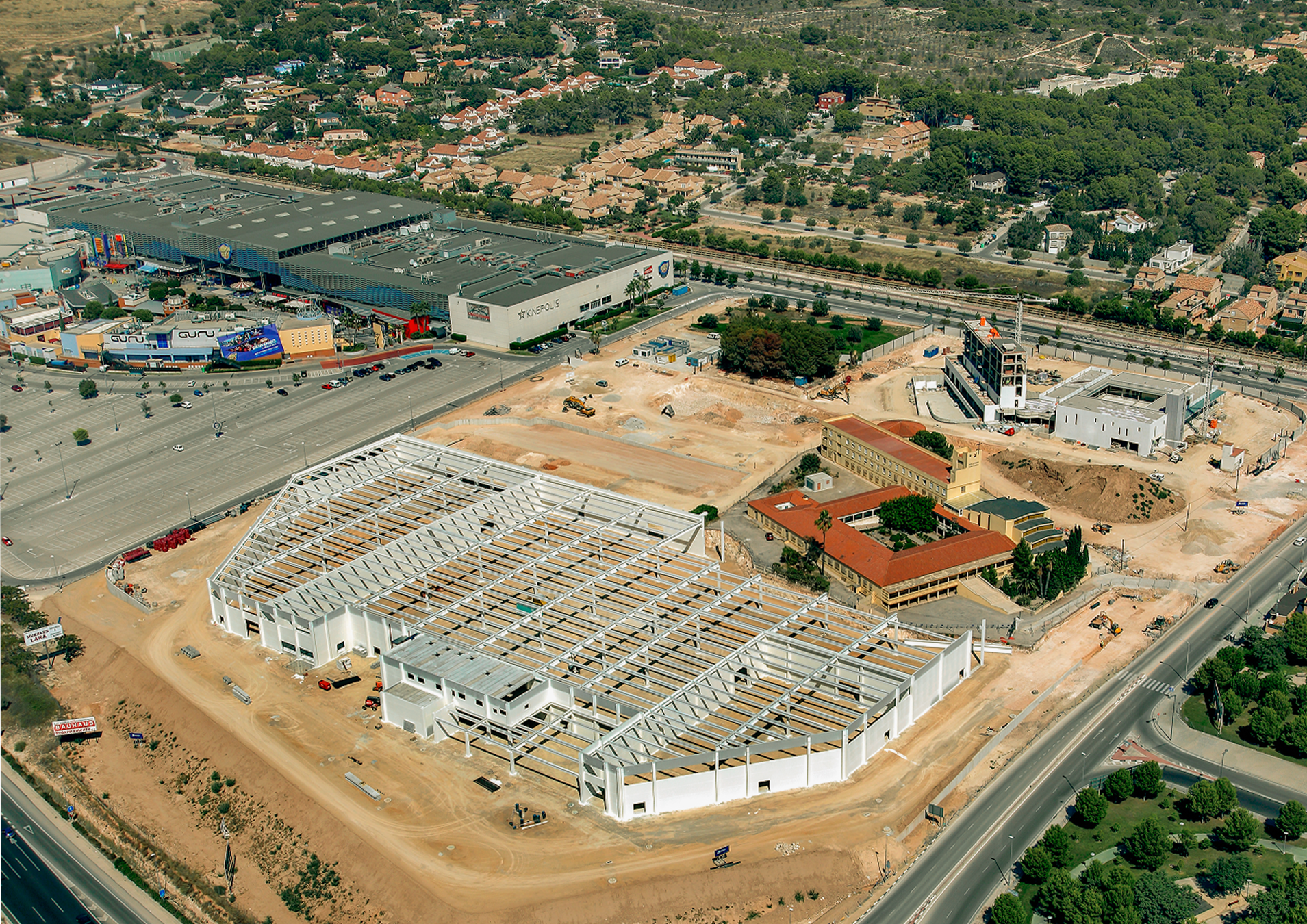 Centro-comercial-Paterna-01